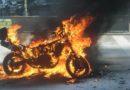 Нападавшие на консульство России сожгли свое транспортное средство